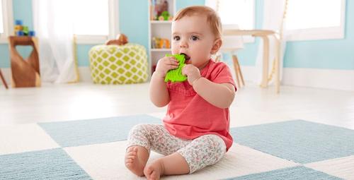 Bebekler ilk dişini ne zaman çıkarır?