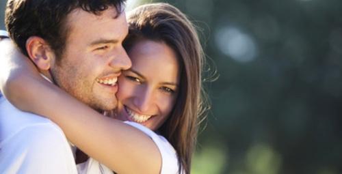 Erkekler naz yapan kadınlardan mı hoşlanır?