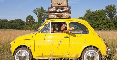 Araba ile seyahat edeceklerin yanına alması gereken malzemeler!