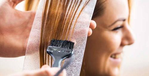 Hamilelik döneminde saç boyatmak