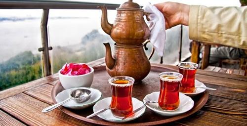 Fazla çay içmenin bu zararını duyunca şok olacaksınız!