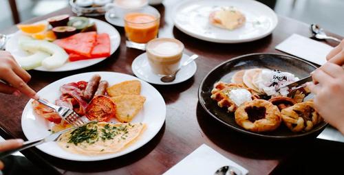 Kahvaltının vazgeçilmezi:  Pofuduk krep tarifi