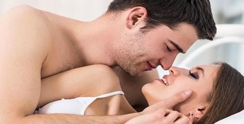 Ön sevişmede yapılması gerekenler! Seksin daha zevkli olması için...