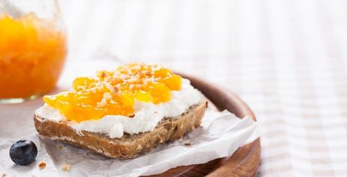 Kahvaltıda tatlı arayanlar için şeftali reçeli tarifi!