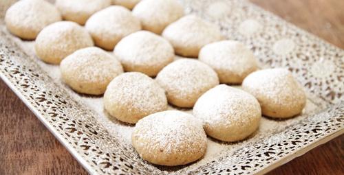 Pudra şekerli kurabiyeyi birde bu yöntemle deneyin!