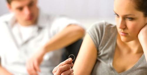 Boşanmak isteyen erkek belirtileri