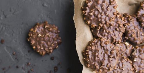 Pratik tarif çikolatalı kurabiye!
