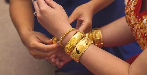 Yeni evli çiftler altınlarını nasıl değerlendirmeli?
