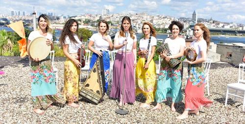 İstanbul Girls Orchestra Hünkar adlı şarkı ile rengarenk klip çekimi!