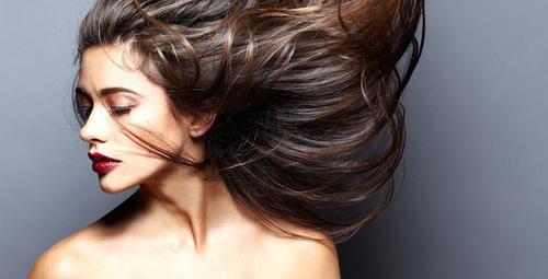 İşte saçları gürleştirmenin çözümü!