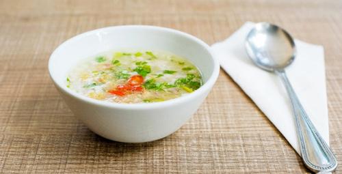 Başlangıç için doyurucu pirinç çorbası!