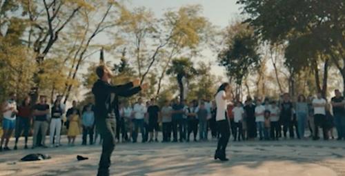 Çukur 71. bölüme Yamaç'ın eşsiz erik dalı dansı kırdı geçirdi!