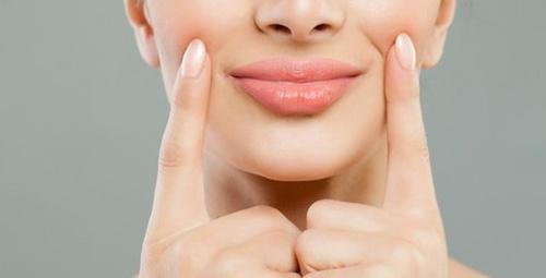 Kışın dudaklarınızın kurumamasını istiyorsanız...