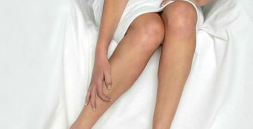 Geceleri artan bacak ağrısı yaşıyorsanız dikkat!