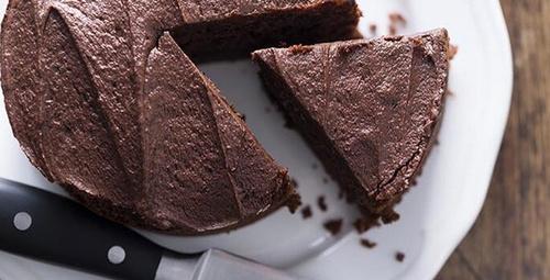 Tatlı isteğinize acil çözüm: 3 malzemeli kek tarifi