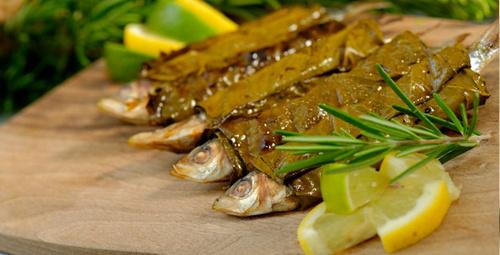 Benzersiz bir lezzet: Asma yaprağında sardalya