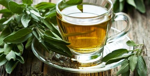 Bembeyaz dişlere sahip olmanın sırrı bu çayda!