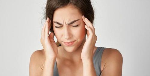 Baş ağrısını geçirecek doğal yöntemler burada!