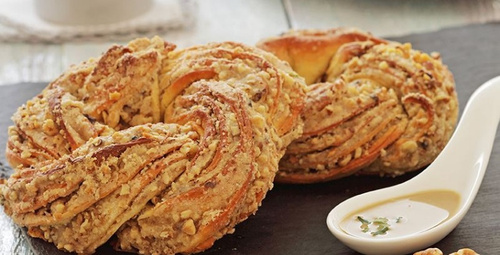 Pastaneden aldığınız gibi: Tahinli çörek
