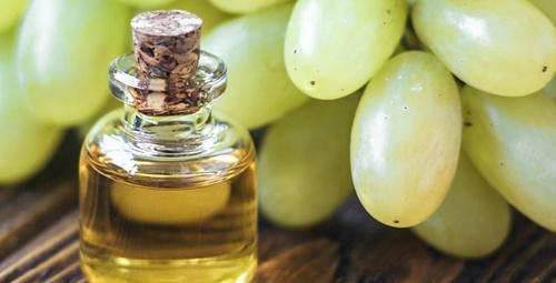 Üzüm çekirdeği yağının cilde olan bu faydası inanılmaz!