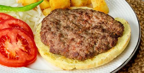 Bosna mutfağından: Pleskavitsa köfte tarifi