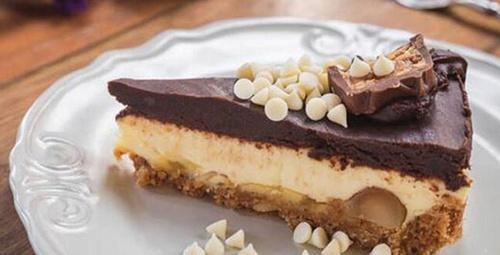 Bir dilim yetmez: Çikolata soslu cheesecake