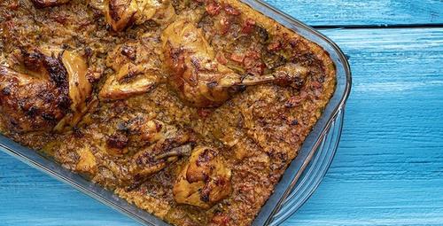 Parmaklarınızı yiyeceksiniz: Bulgurlu tavuk kapama