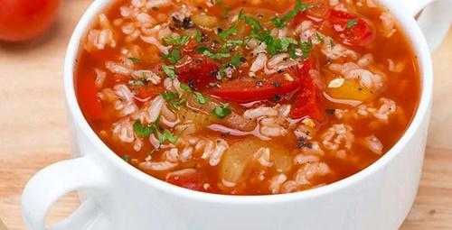 Tadıyla mest eder: Pirinç çorbası