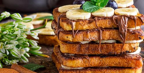 Kahvaltıda muhteşem lezzet: Muzlu çikolatalı tost tarifi