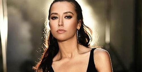 Ünlü şarkıcı Ahmet Kaya'nın şarkısını söyledi, beğeni yağdı!