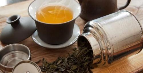 Bu çay ağızda oluşan kötü bakterileri yok ediyor!