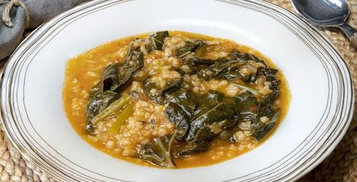 Karadeniz esintisi: Pirinçli karalahana yemeği