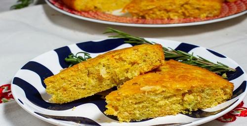 Doyuran pratik lezzet: Pırasalı mısır unlu börek