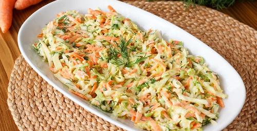 Şahane lezzet: Havuçlu lahana salatası