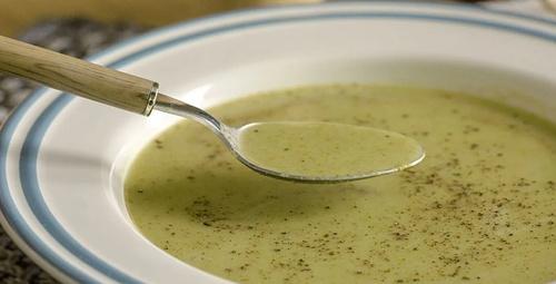 Enfes lezzet: Brokoli çorbası