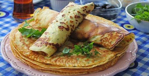 Kahvaltıların baş tacı: Peynirli krep
