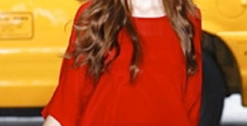 Modern Kırmızı Başlıklı Kız