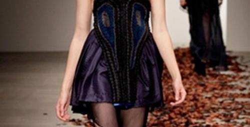 Modaya kara büyü!
