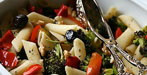 Günün lezzeti: Üç Renkli Makarna Salatası