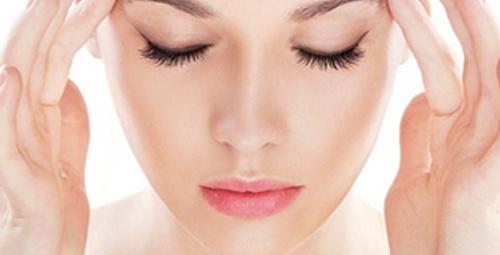 Kadınların başı neden ağrıyor?