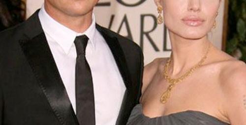Angelina ve Brad nikah masasına doğru