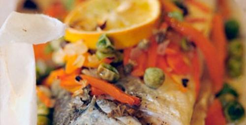 Yemekte deniz şöleni var: Kağıtta Levrek