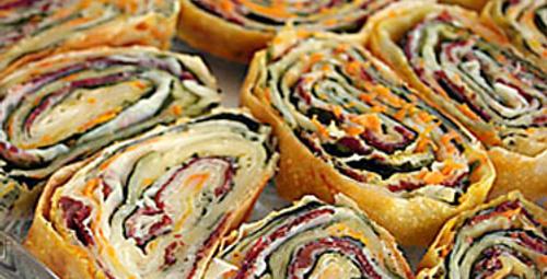 Rengarenk lezzet: 3 renkli börek