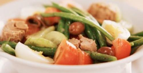 Pazar lezzeti: Ton Balıklı Salata