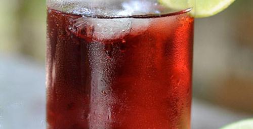 Sağlık dolu bardak: Vişne ve Vanilyalı Soda
