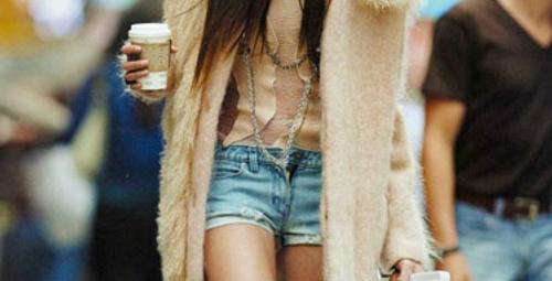 Sonbahar için yazlık kıyafetlerle stil önerisi