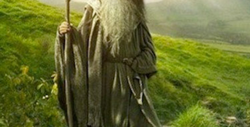 The Hobbit'ten üçleme geliyor!