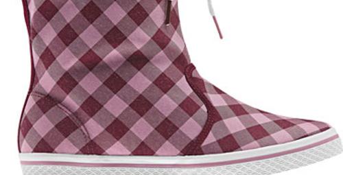 Spor ayakkabı severlere dev haber!