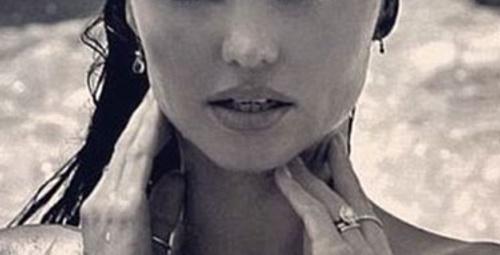Eski VS meleği Miranda Kerr çırılçıplak!