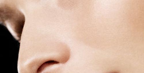 Hassas cilde hassas bakım